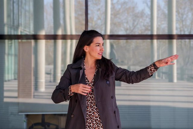 La portavoz de Vox en la Asamblea de Madrid, Rocío Monasterio posa durante una entrevista para Europa Press, en la Asamblea de Madrid (España), a 9 de enero de 2020.