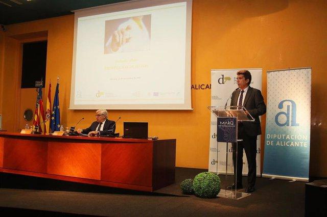 El presidente de la Diputación de Alicante, Carlos Mazón