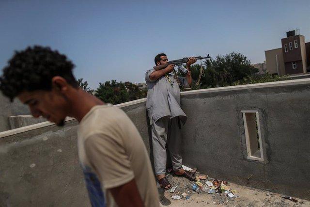 Libia.- Trípoli y Haftar se acusan mutuamente de romper el alto el fuego en Libi
