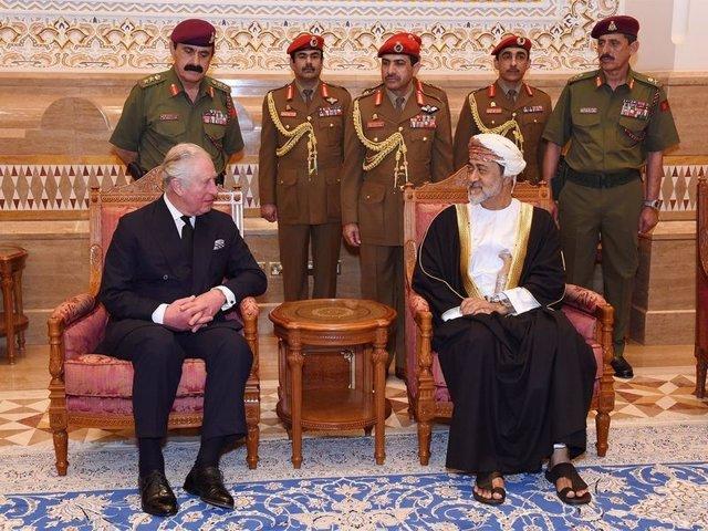 Omán.- Dignatarios internacionales despiden en Mascate los restos mortales del s