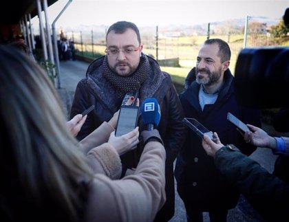 """Barbón invita a todos los partidos a """"hablar siempre bien de Asturias"""" para atraer """"inversiones y oportunidades"""""""