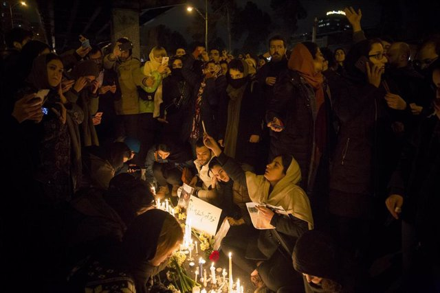 Vigilia en Teherán por las víctimas del avión ucraniano derribado