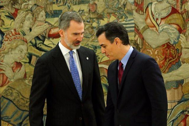 Los ministros del nuevo Gobierno prometerán o jurarán su cargo este lunes a las