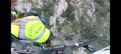 Guardia Civil rescata y traslada a Son Espases a una mujer accidentada cuando practicaba senderismo en Sóller
