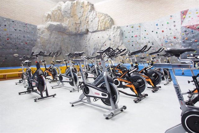 Rocódromo y bicicletas de spinning en la UPNA