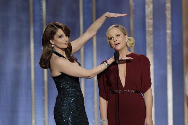 Tina Fey y Amy Poehler en los Globos de Oro