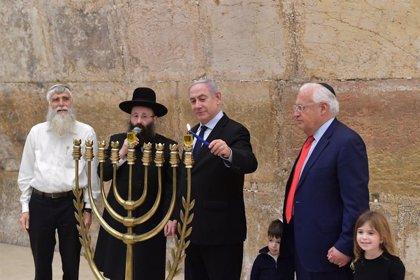 El Parlamento israelí da luz verde a la imputación de Netanyahu por corrupción