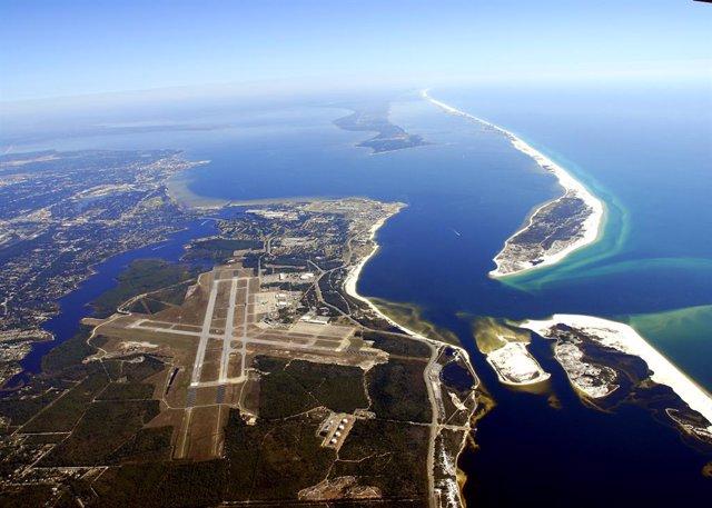 Imatge de l'Estació Aria Naval de Pensacola (Florida).