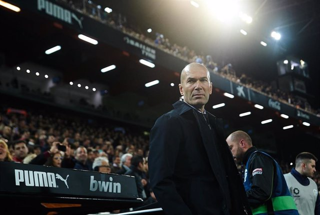 Zinédine Zidane antes de un partido