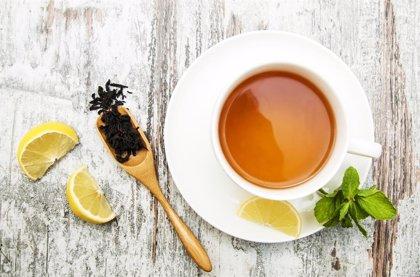Beber té tres veces a la semana alarga la vida