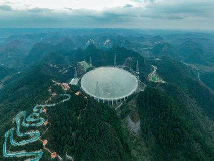El radiotelescopio gigante chino FAST entra en operación formal