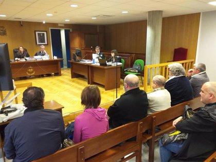 Acusados de contrabando niegan las irregularidades en el suministro de tabaco a barcos en Marín