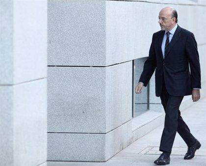 El juez de Púnica exculpa al expresidente de Indra Javier Monzón