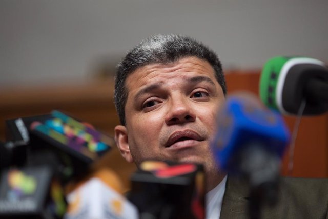 AMP.-Venezuela.-EEUU sanciona a Luis Parra, elegido presidente de la Asamblea Na