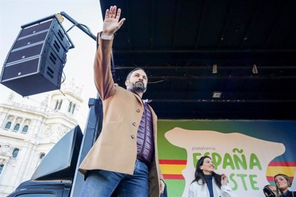 """Abascal dice que Vox seguirá protestando en las calles: """"Allá el PP si su única oposición va a ser en el Parlamento"""""""