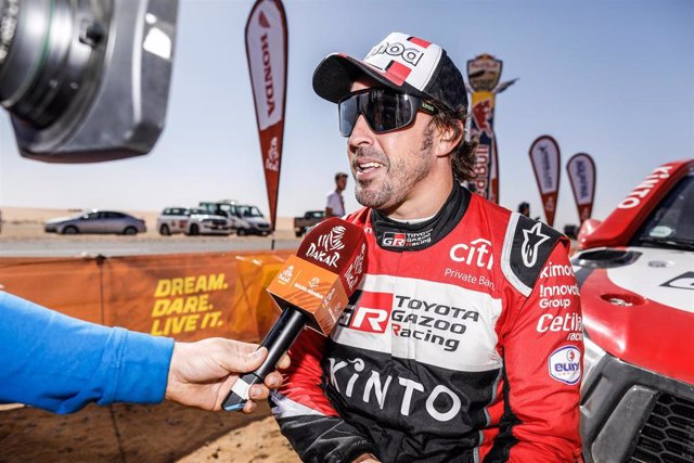 El piloto español Fernando Alonso en el Rally Dakar