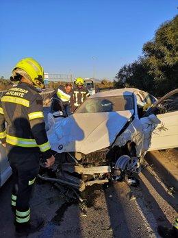 Estado en el que ha quedado uno de los cinco vehículos implicados en el accidente.