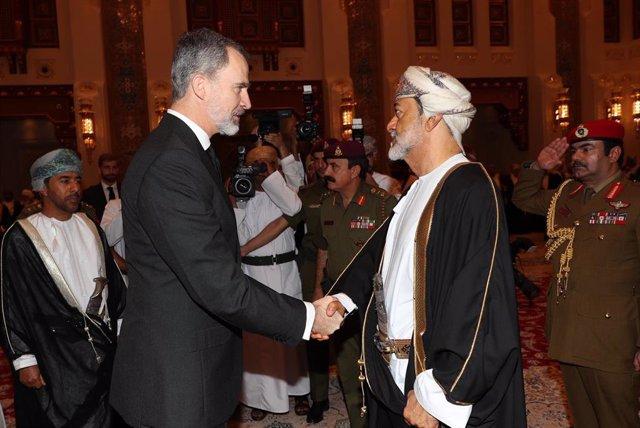 El Rey presenta al Sultán de Omán, Haitham Bin Tarek, sus condolencias con motivo del fallecimiento de Su Majestad Qabús Bin Said