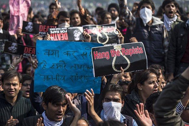 Protestas en India contra la violación
