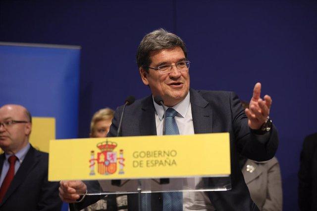 El nou ministre de Seguretat Social, Inclusió i Migracions, José Luis Escrivá, durant la seva intervenció en l'acte de presa de possessió dels ministres, a la seu del Ministeri de Treball i Economia Social a Madrid a 13 de gener de 2020.