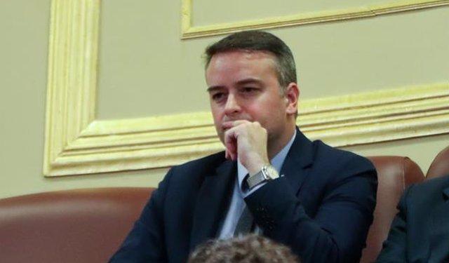 Primera sesión del debate de investidura del candidato socialista a la Presidencia