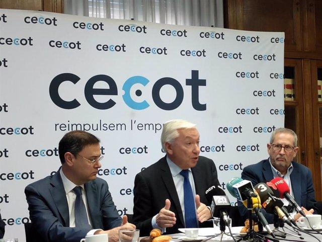 El presidente de Cecot, Antoni Abad, en el encuentro anual con los medios