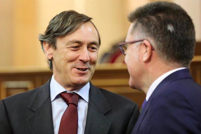 El hasta ahora secretario cuarto del Senado, Rafael Hernando (PP) al inicio de la sesión constitutiva de la XIV Legislatura en el Senado, en Madrid (España), a 3 de diciembre de 2019.