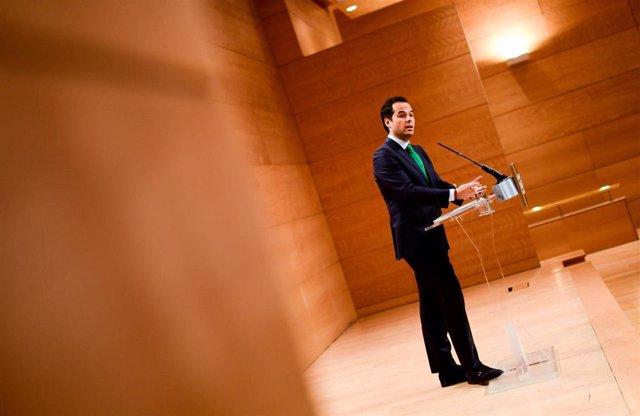 Fotos Que Acompañan A Las Notas De Prensa Y Audios (De Ignacio Aguado): Consejo De Gobierno 17 De Diciembre