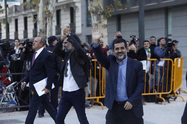 Jordi Snchez i Jordi Cuixart declaren a l'Audincia Nacional.