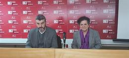 El secretario de Formación y Empleo de UGT Andalucía, Oskar Martín, y la secretaria de Políticas Sociales y Seguridad Social de UGT-A, Soledad Ruiz, en rueda de prensa.