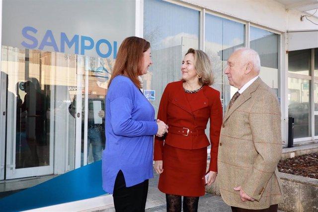 (I-D) La Presidenta Del Govern, Francina Armengol, La Consejera Delegada De Grupo Samol, Carmen Sampol Y El Presidente, Gabriel Sampol.