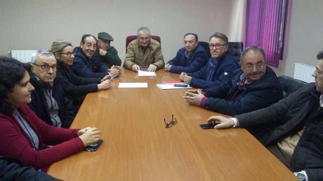 Reunión del PP con alcaldes de municipios afectados por la crecida del río Jerte