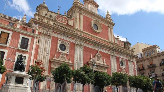 Fachada de la iglesia del Salvador de Sevilla