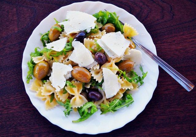 Ensalada, dieta mediterránea.