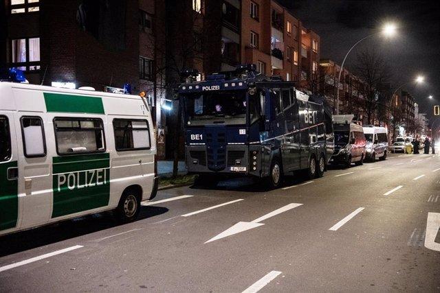 Vehículos policiales en Berlín