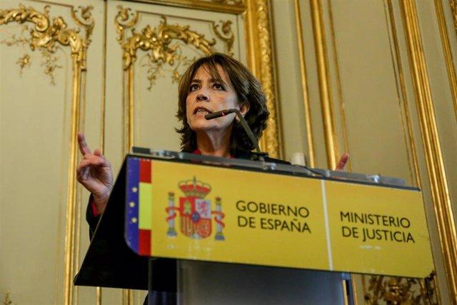 La exministra de Justicia y futura Fiscal General del Estado, Dolores Delgado, durante su intervención en el acto de toma de posesión de ministros en el Ministerio de Justicia en el Palacio de Parcent, Madrid (España), a 13 de enero de 2020.