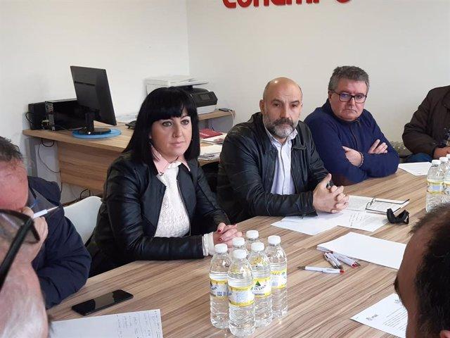 Néstor Rego con el comité de crisis de As Pontes