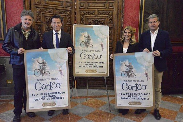 Imagen de la presentación del espectáculo 'Corteo' del Circo del Sol en el Ayuntamiento de Granada