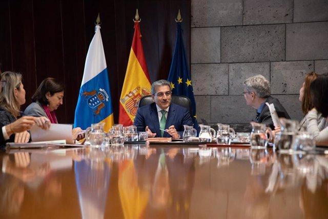 Consejo de Gobierno presidido por el vicepresidente, Román Rodríguez
