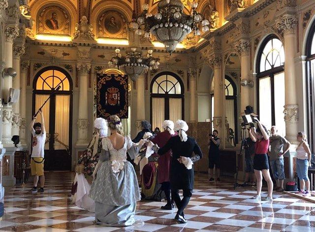 Rodaje del corto 'Disonancias' de Fran Kapilla en el Salón de los Espejos del Ayuntamiento de Málaga