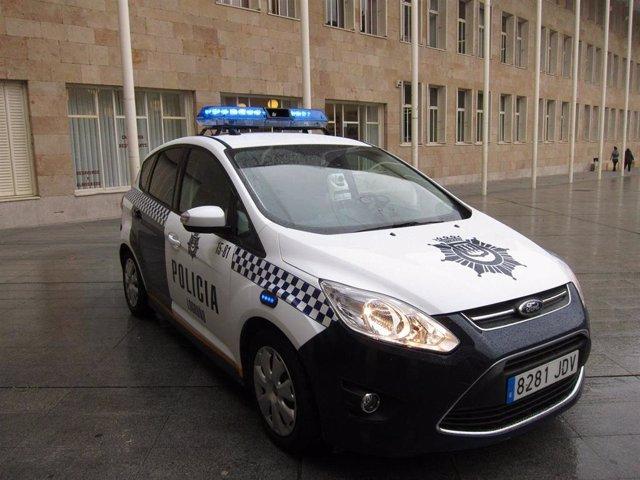 El nuevo 'Multacar', que entra desde este lunes en funcionamiento, podrá ir instalado en cualquier coche patrulla de la Policía Local, sin que se note, no como hasta ahora, cuando llevaba a la vista las cámaras
