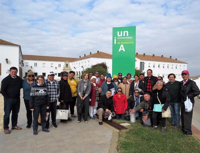 Huelva.- Un grupo de educadores cooperativistas de Honduras conocen la sede de l