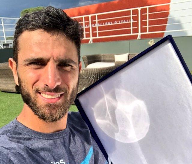 """Tenis.- El colombiano Farah, número uno en dobles, da positivo por """"boldenona"""""""