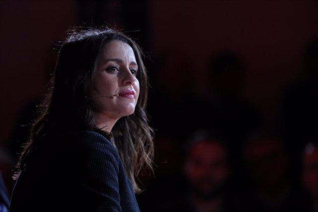 La portavoz de Ciudadanos en el Congreso, Inés Arrimadas, participa en el 'Vía 221. Un acuerdo constitucionalista para España', en Madrid a 19 de diciembre de 2019.