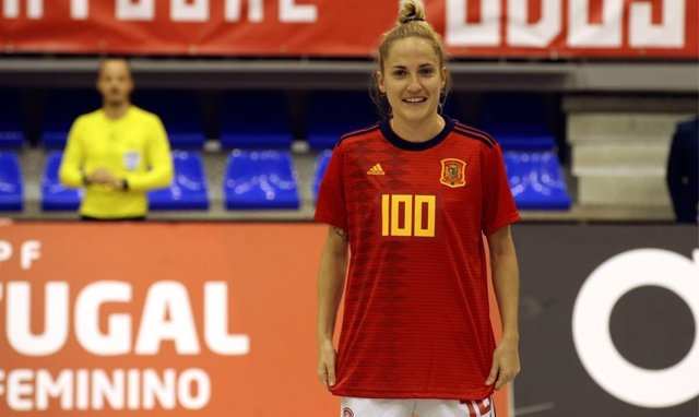 Ana Luján, centenaria con la selección española de fútbol sala