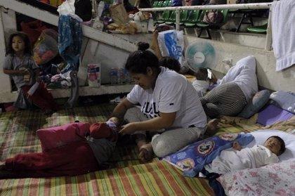 Save the Children alerta de que más de 20.000 niños han sido evacuados por las erupciones del volcán Taal