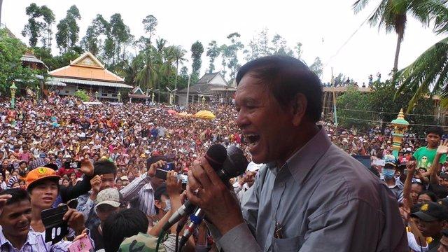 Camboya.- El juicio en Camboya contra el líder opositor Kem Sokha arranca bajo l