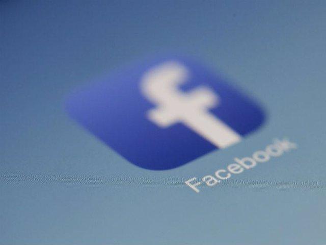 Facebook lanza una herramienta que notifica al usuario al registrarse en 'apps'