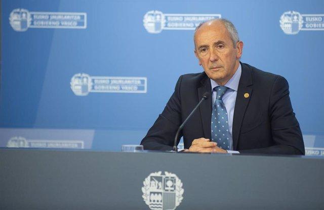 El portavoz del Gobierno Vasco, Josu Erkoreka,