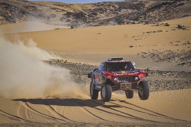 Rally/Dakar.- Sainz y Barreda hacen doblete español en una décima etapa acortada